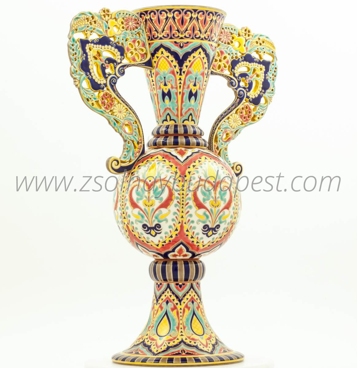 Limited edition Alhambra vase 4/10