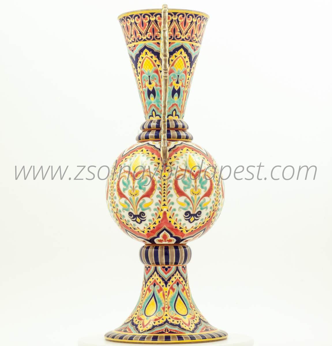 Limited edition Alhambra vase 4/10